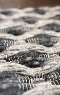 Allergy friendly: Flat weave rug